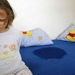 夜尿症って何?おねしょと夜尿症の違い、夜尿症の原因や対策を知りましょう。